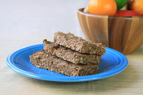 gluten-free_chocolate_coconut_protein_bars_recipe_photo