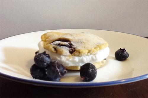 "Blueberry Coconut Cream ""Ice Cream"" Sandwiches"