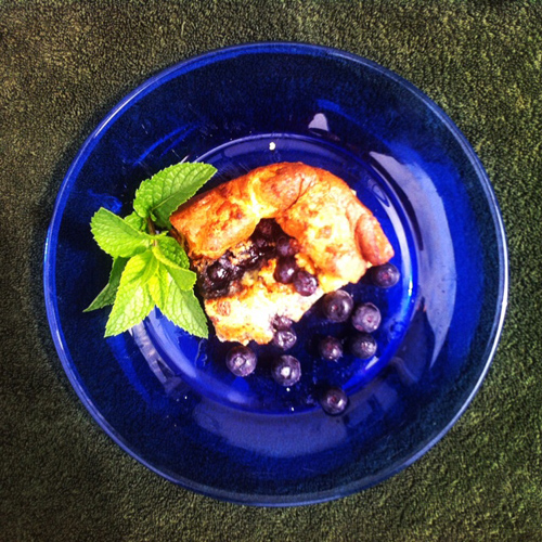German_Oven_Pancake_with_Blueberries
