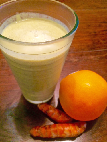Coconut_Turmeric_Citrus_Smoothie