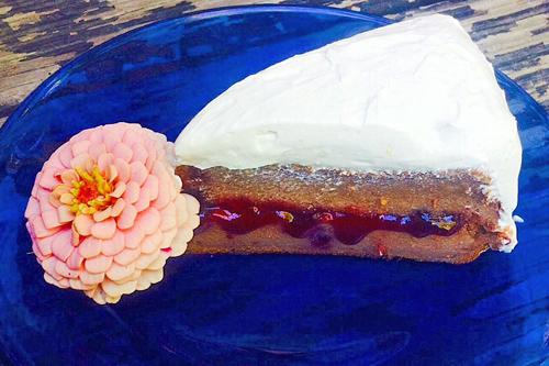 Coconut_Raspberry_Layer_Cake