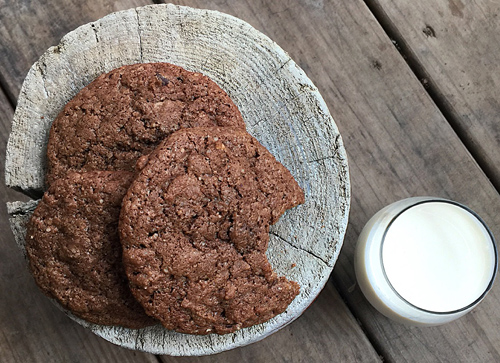 Chewy_Chocolate_Hazelnut_Cookies