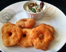 luten Free Garelu with Fresh Coconut Chutney