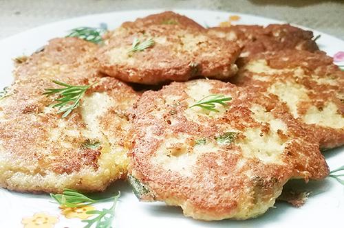 Easy_Gluten_Free_Salmon_Cakes