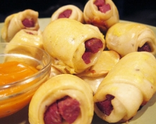 Hotdog_Roll_ups_with_Coconut_Chili_Dip