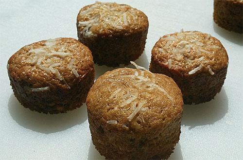 Coconut_Banana_Muffins