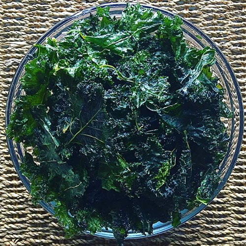 Salt n Vinegar Kale Chips