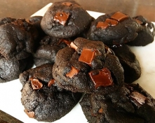 Chili Dark Chocolate Cookies